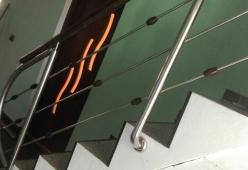 Balustrada inox cu bile si mana curenta din lemn model 15